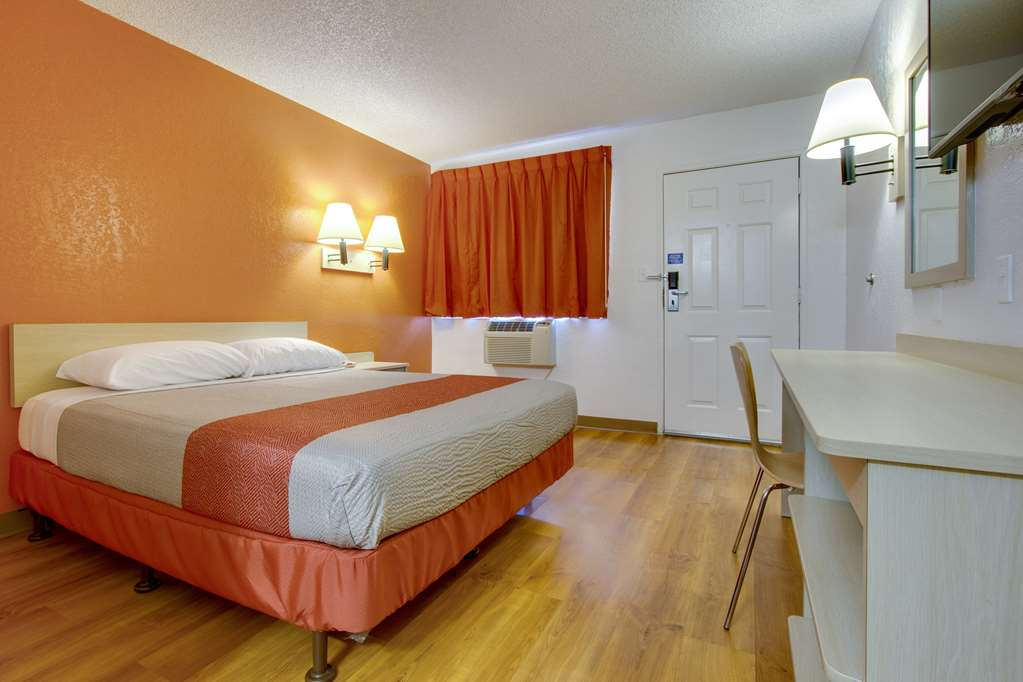 Gallery image of Motel 6 Scottsdale South