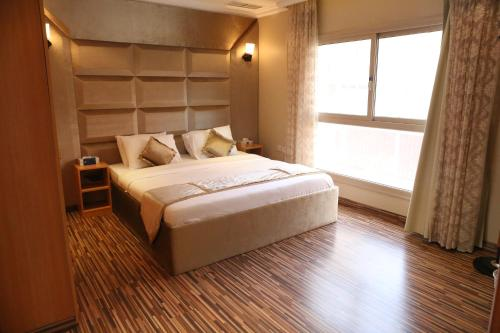 Terrace Furnished Apartments Mahboula