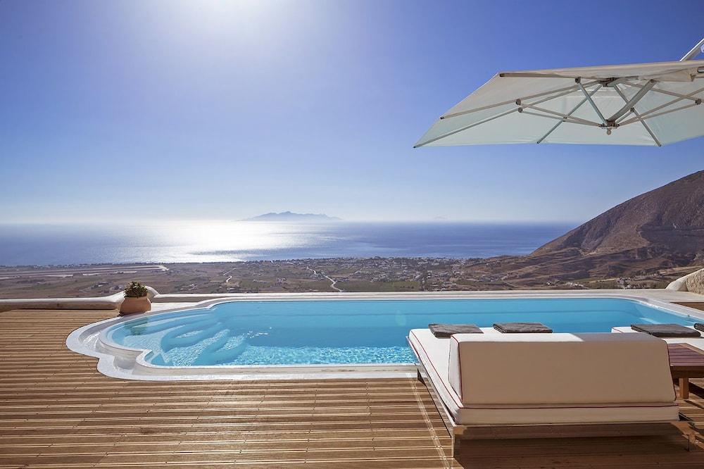 Kamini Santorini Luxury Villas