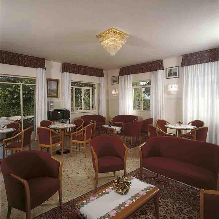 Gallery image of Residence Miralago Rooms & Apartments