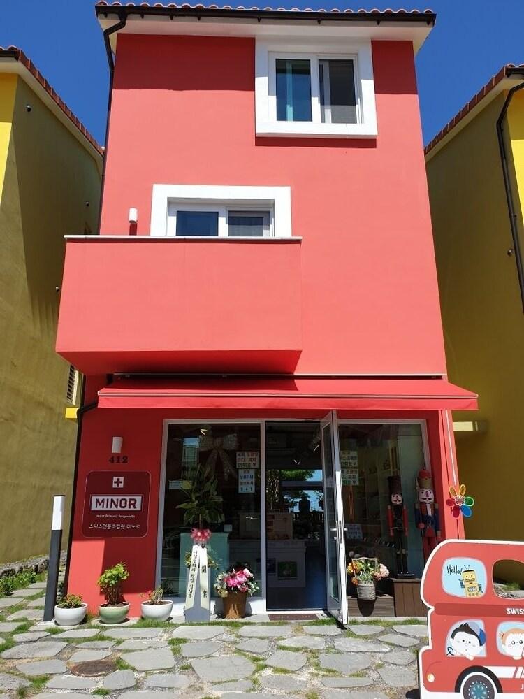 Jeju Swiss Village 412