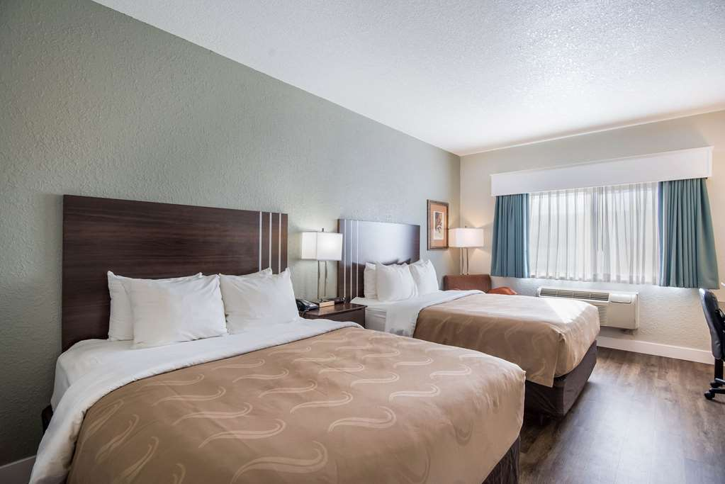 Gallery image of Quality Inn & Suites West