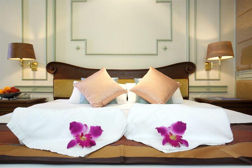 Majestic Suites Hotel