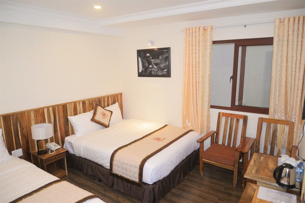 Gallery image of Lake View Hotel