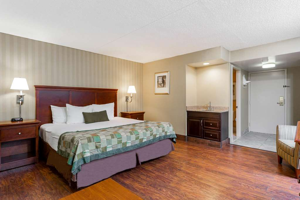 Gallery image of Days Inn by Wyndham Westminster
