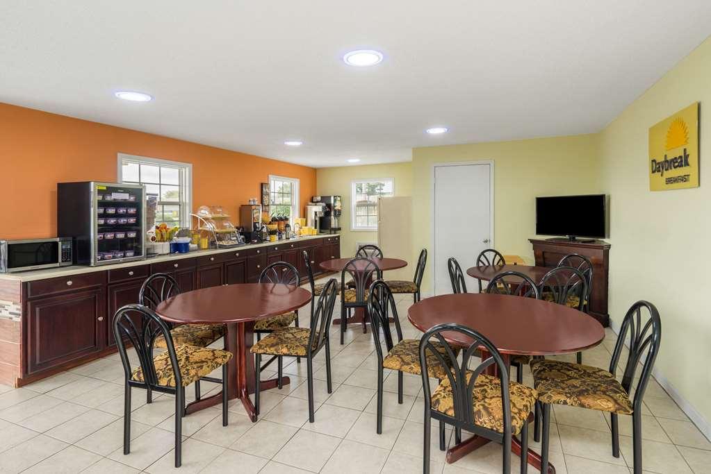 Gallery image of Days Inn by Wyndham Statesville