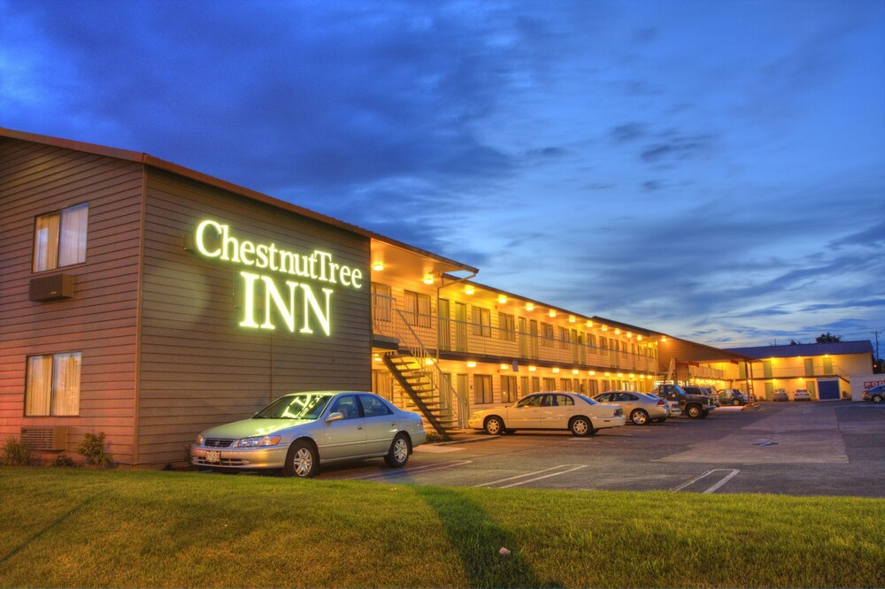 Gallery image of Chestnut Tree Inn