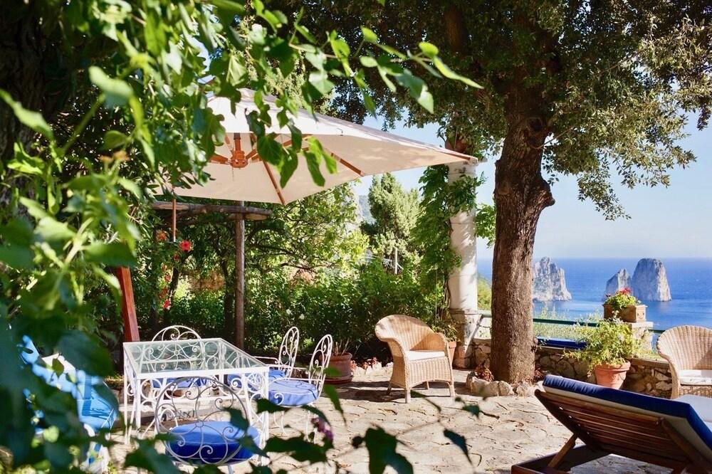 Villa Capri Marina