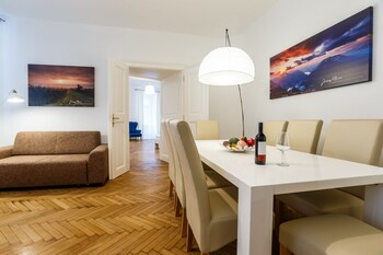 Judengasse Premium Apartments In Your Vienna By Welcome2vienna (جودنگاس پرمیوم آپارتمنتس این یور وین بای ولكوم۲وینا) Featured Image