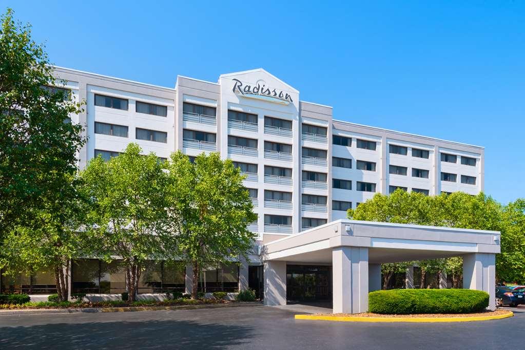 Radisson Nashville Airport Hotel