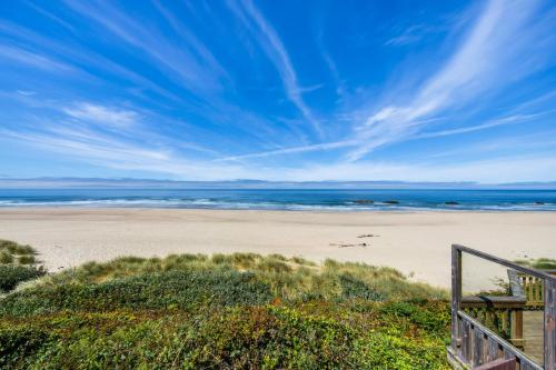 Lincoln City Beach Front Vacation Rental