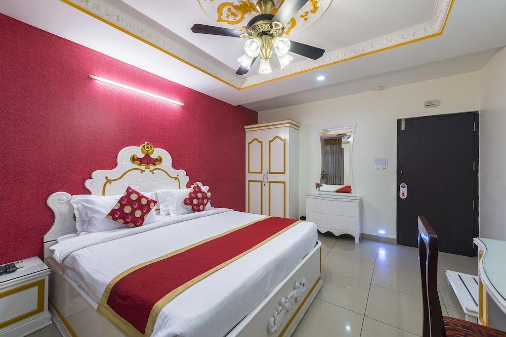 Hotel Raj Elegance Manayata Tech Park