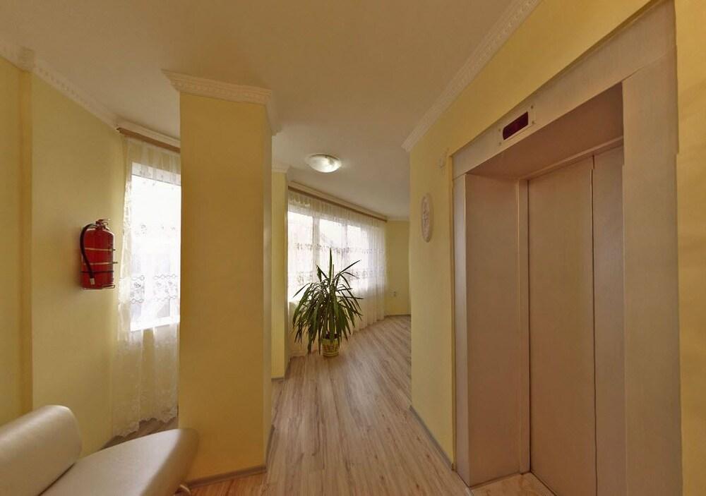 Gallery image of Zirka Hotel