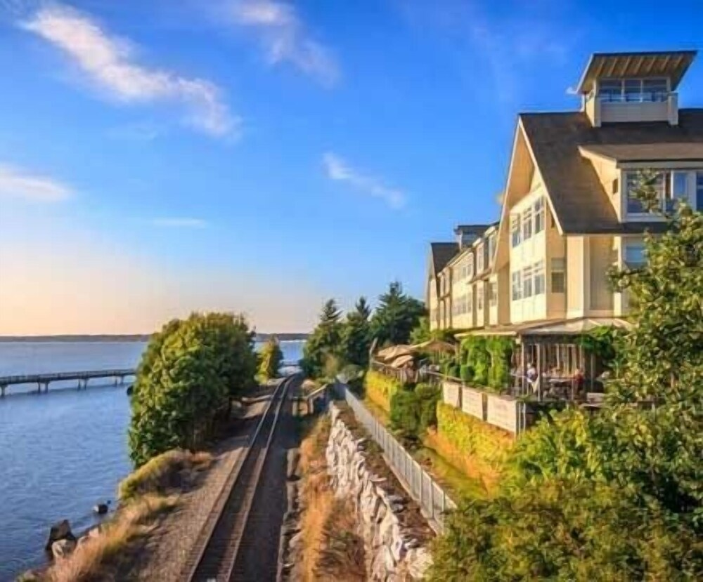 Gallery image of Chrysalis Inn & Spa Bellingham Curio Collection by Hilton