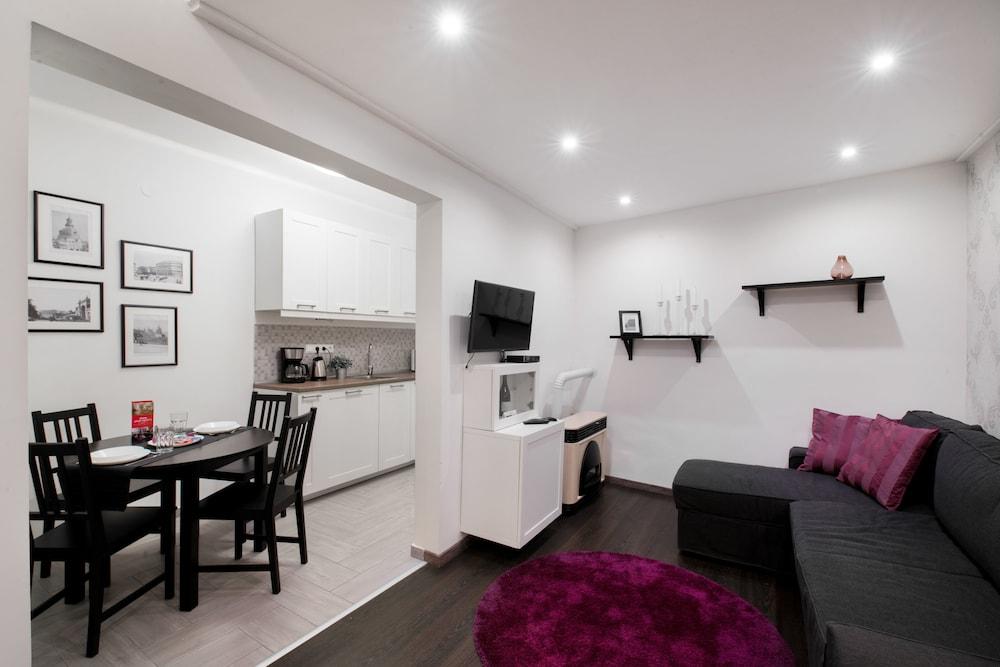 Dfive Apartments Dohany street