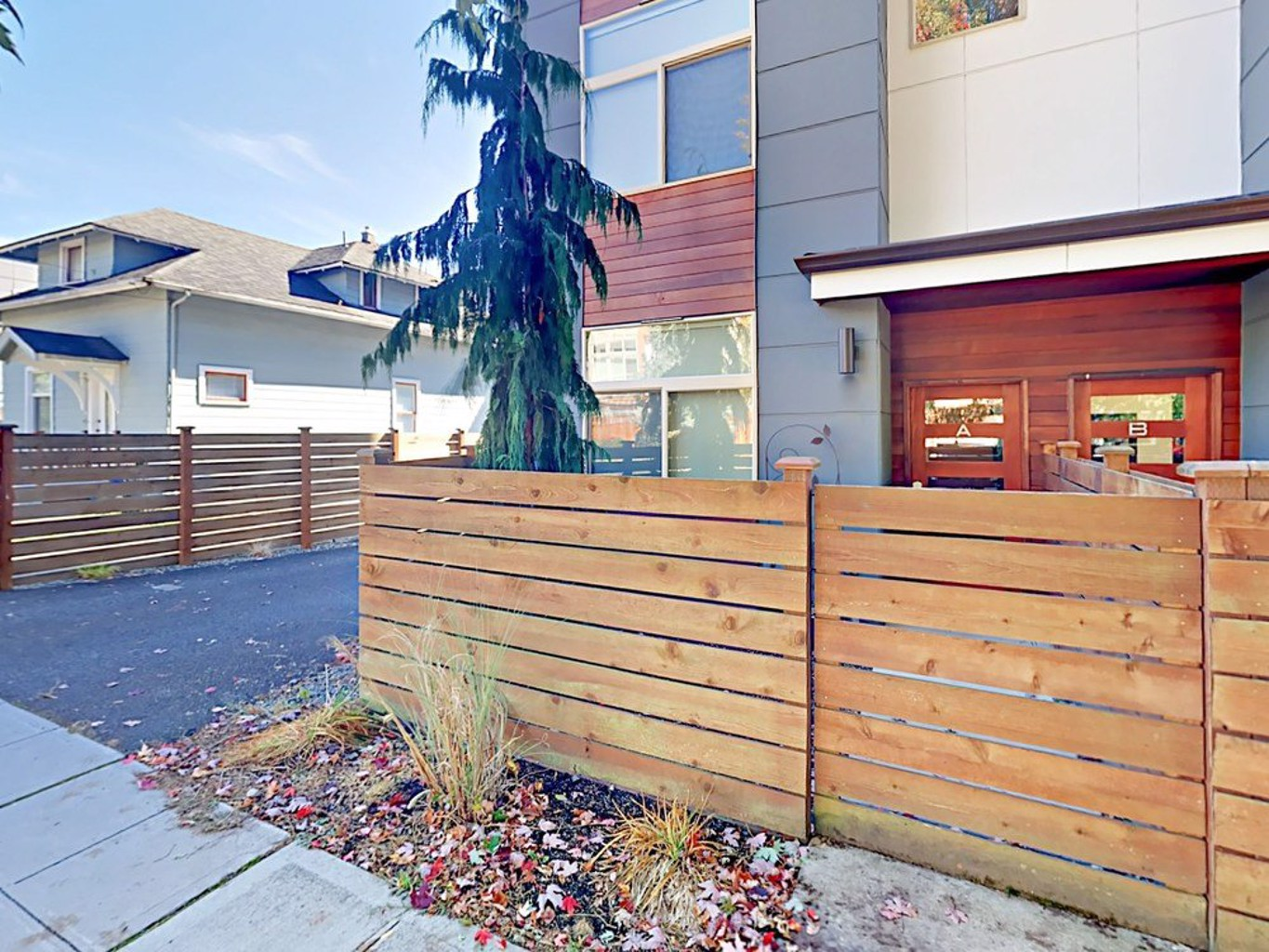 2br W Rooftop Deck In Highly Walkable Locale 2 Bedroom Townhouse