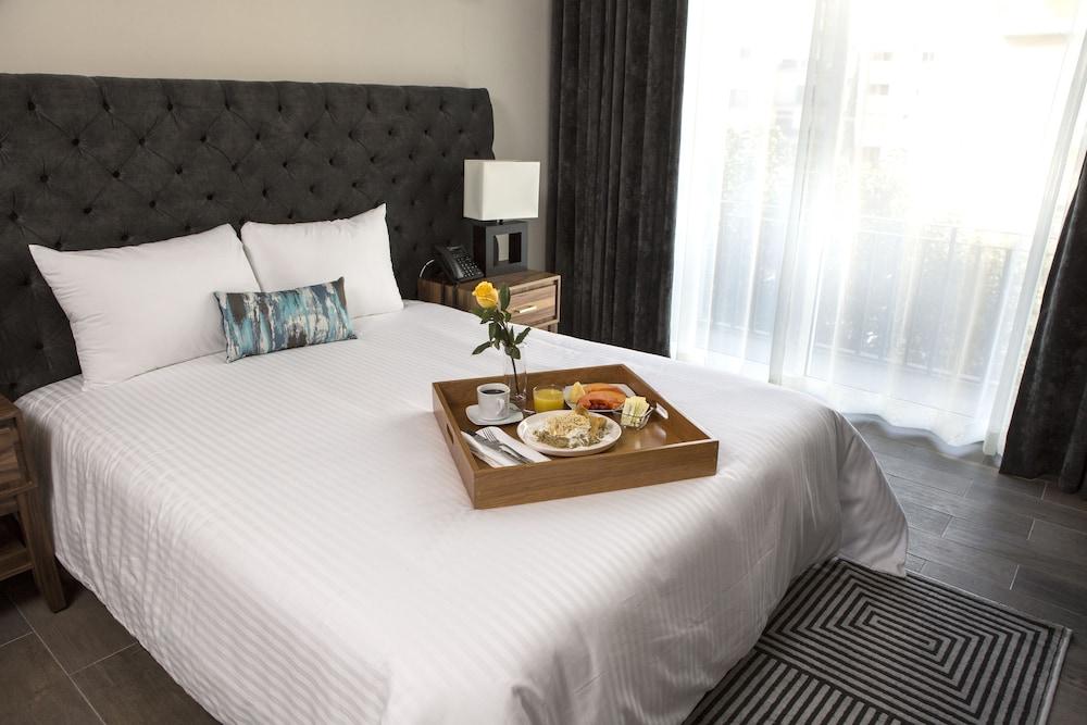 Suites Rio Elba