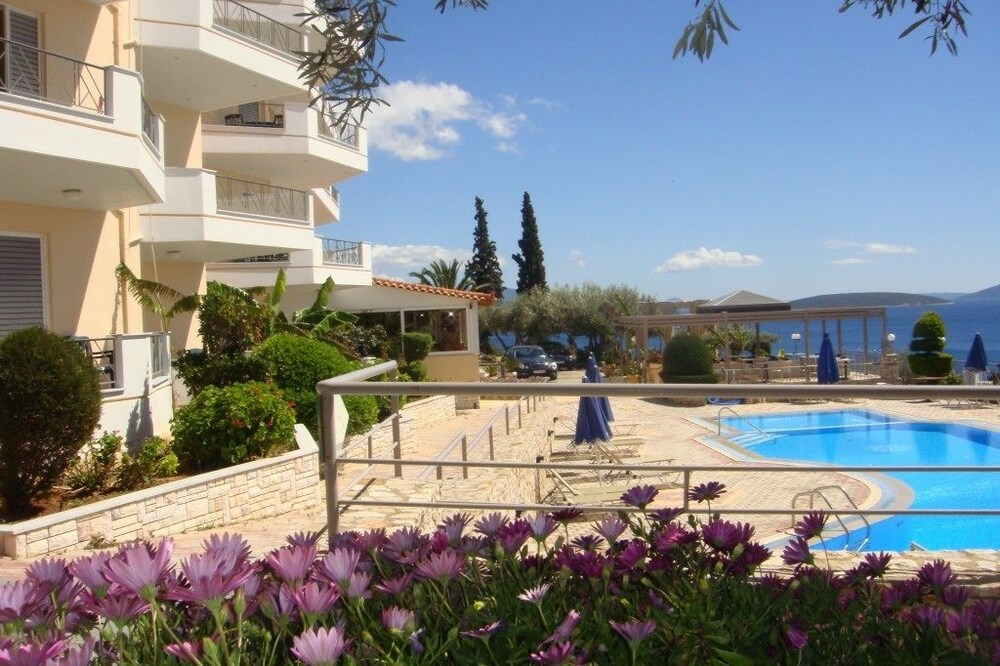 Gallery image of Panorama Hotel and Apartments