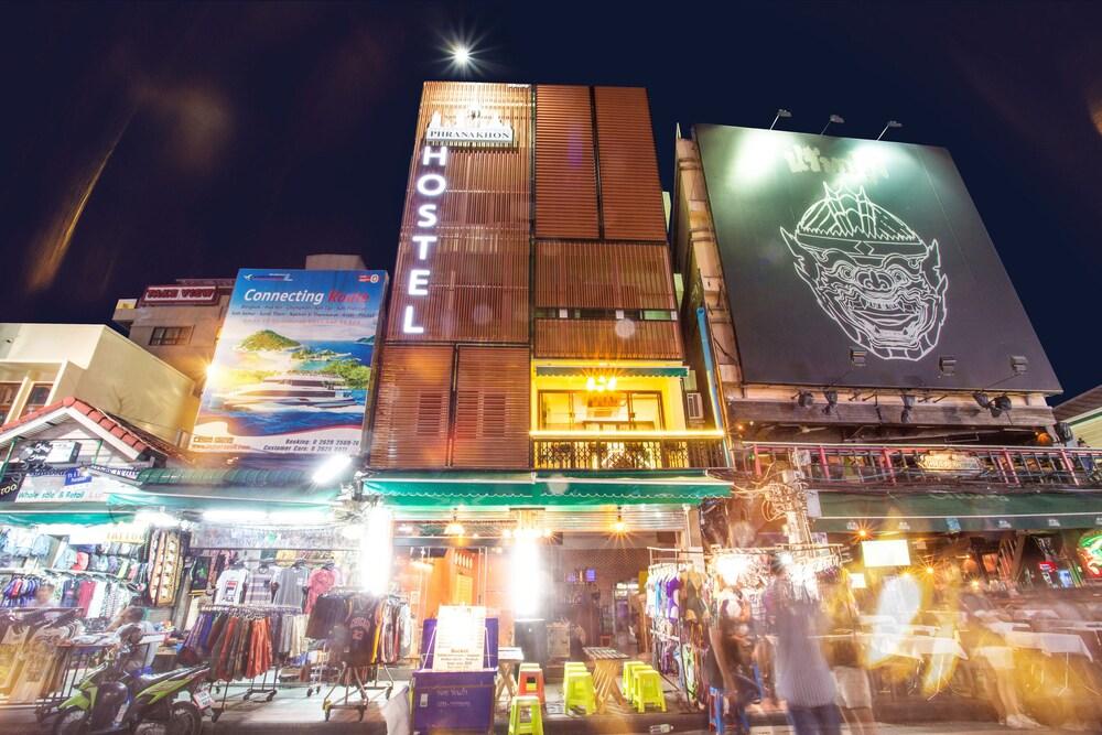 Phranakhon Hostel