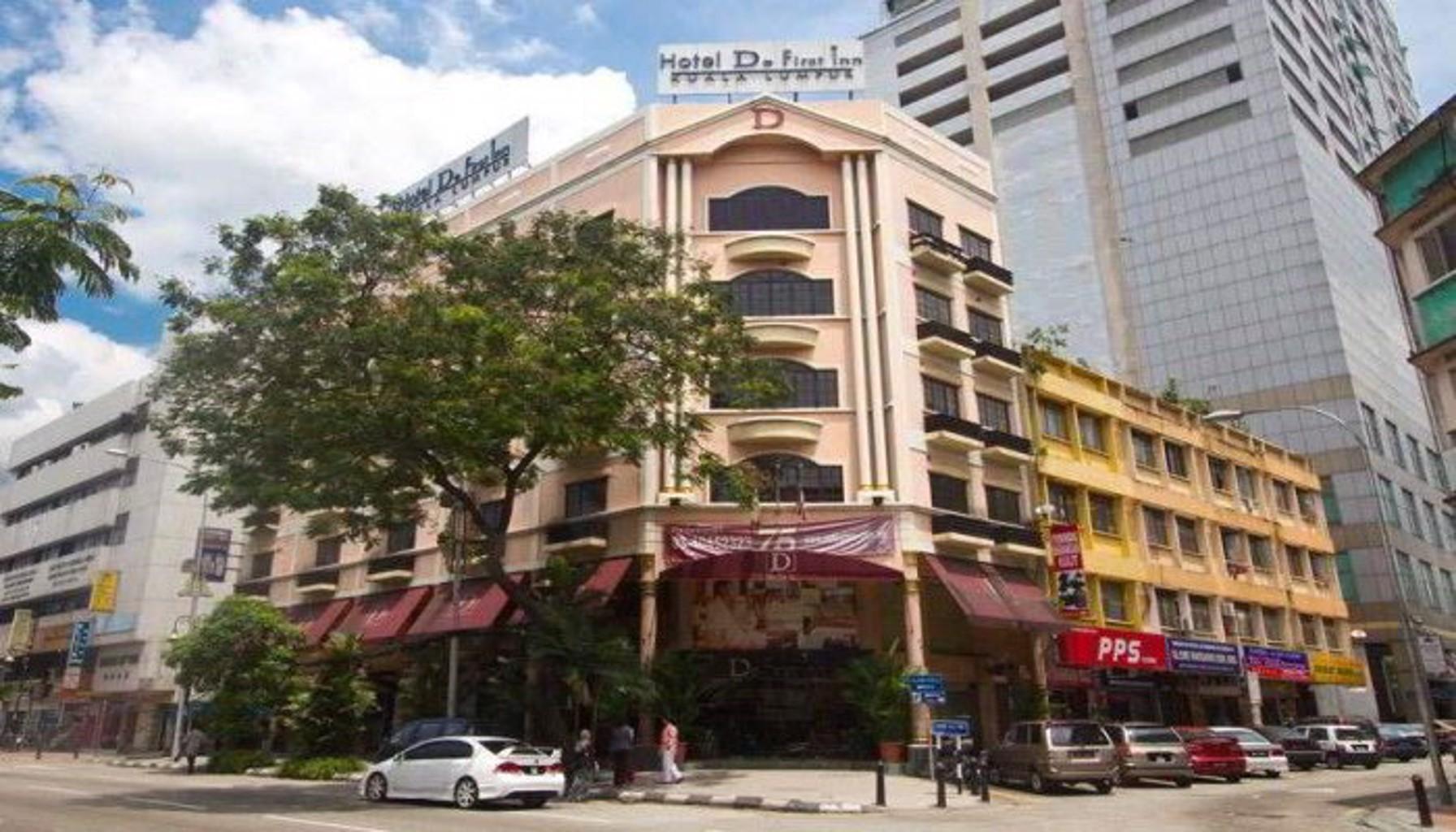 Macktz Comfort Inn Hotel