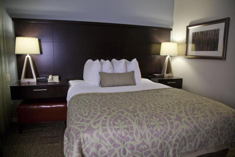 Staybridge Suites Long Beach