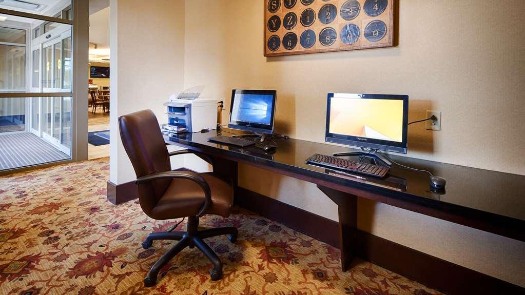 Gallery image of Best Western Plus University Park Inn & Suites