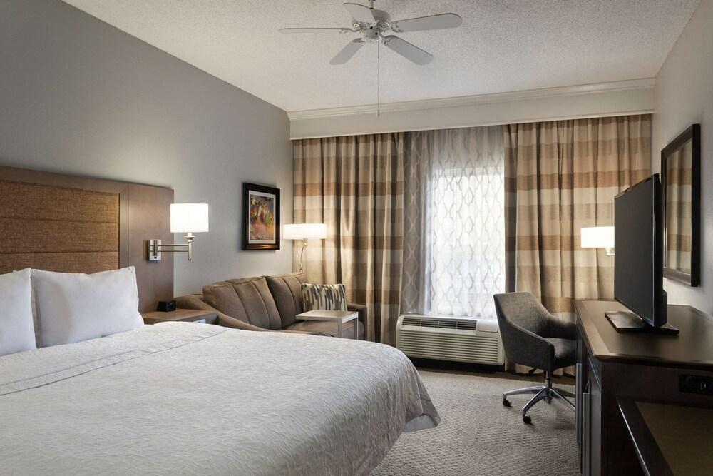 Gallery image of Hampton Inn & Suites Montgomery EastChase