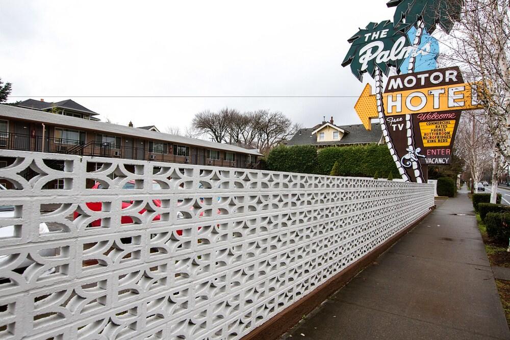 Gallery image of Palms Motel