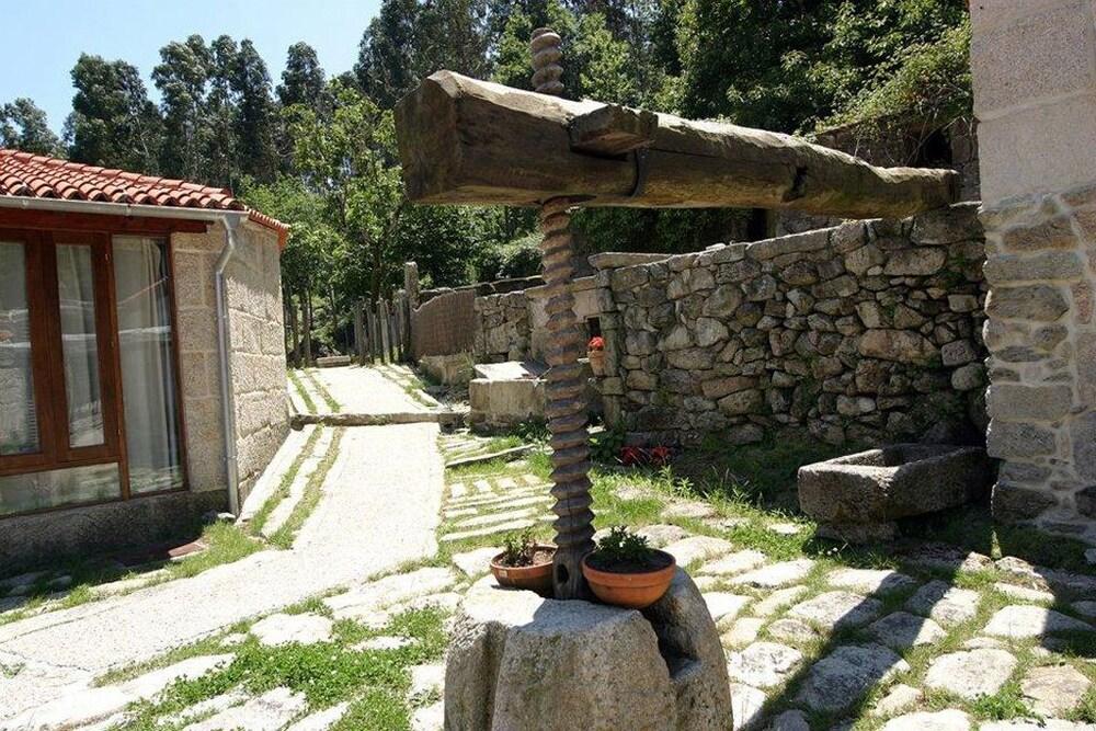 Gallery image of Pazo Larache