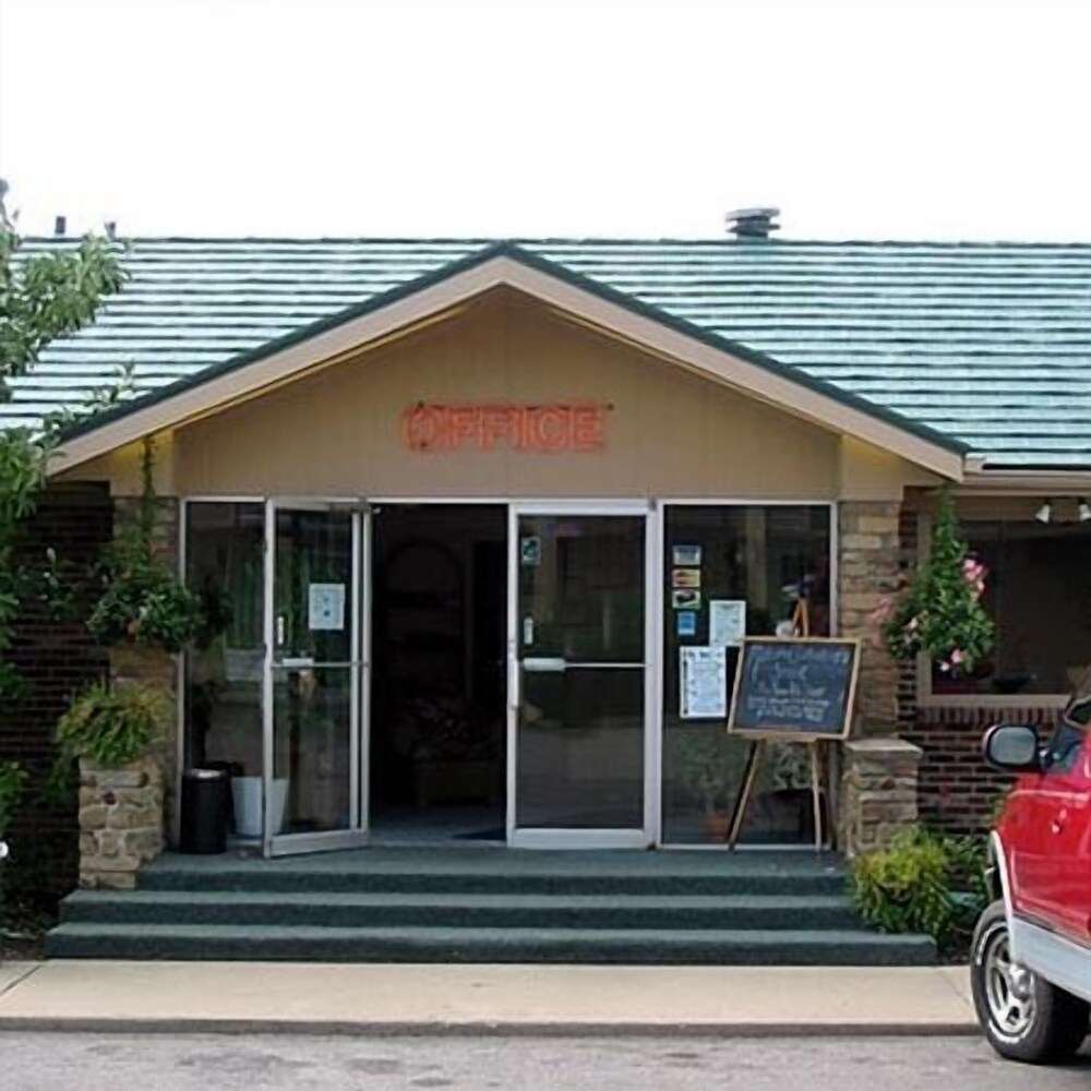 Gallery image of Mariann Travel Inn Scottsburg