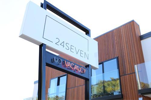 24seven Inn