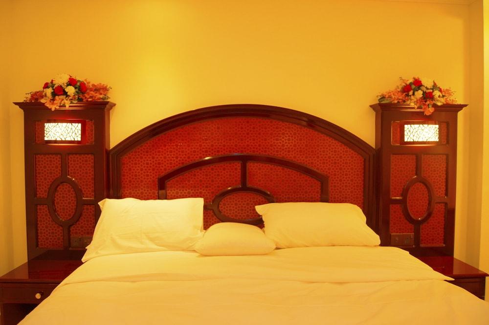 Gallery image of New Penninsula Hotel
