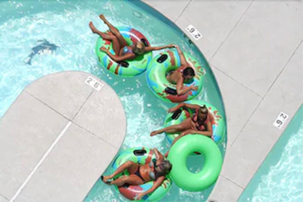 Gallery image of Boardwalk Beach Resort
