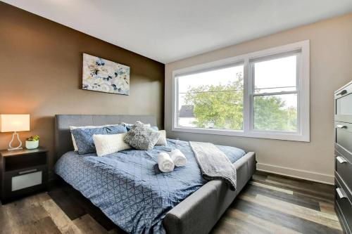 Modern 1BR with King Bed Near Downtown Ottawa