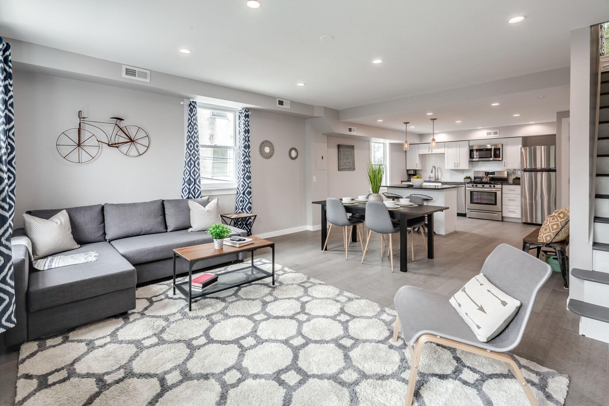 Spacious Apt 3 Queen Beds Close to Rittenhouse