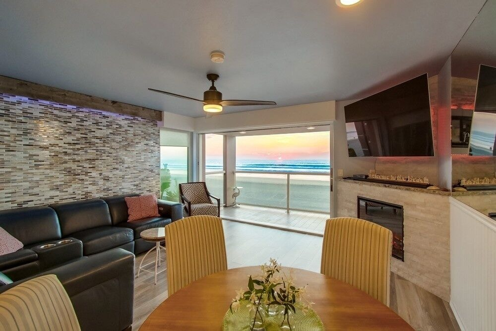 Beachside Getaway 4 2 Bedroom Condo