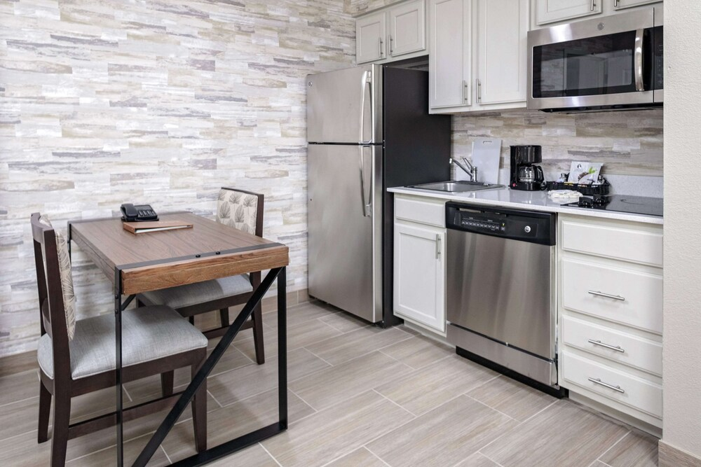 Homewood Suites By Hilton Ft. Worth Bedford