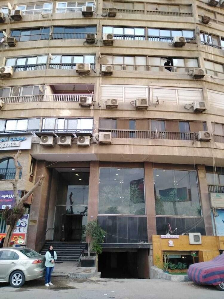 Nile Sky Suites Hotel