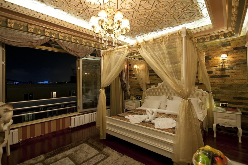 Golden Horn Hotel