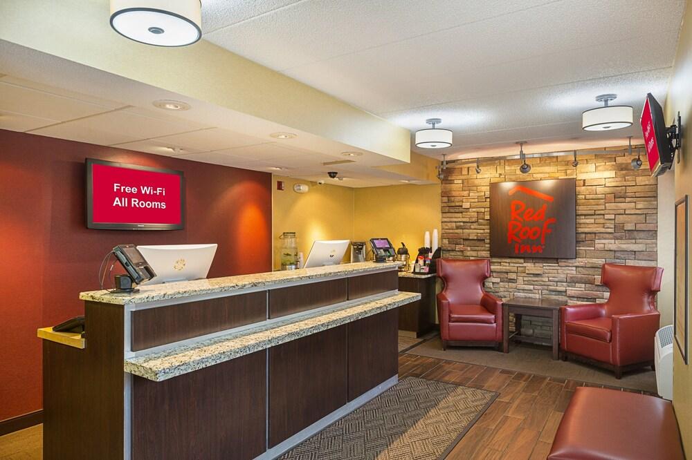 Gallery image of Red Roof Inn Lansing West MSU