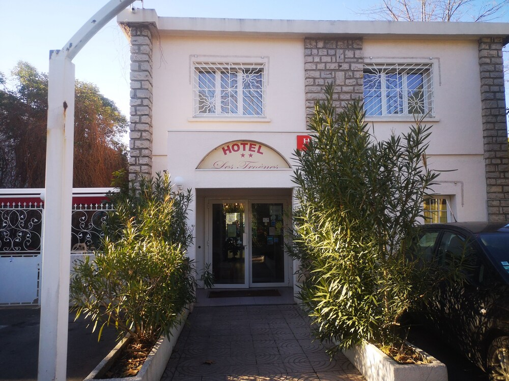Hôtel Les Troenes