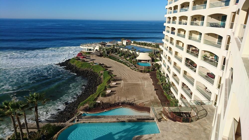 Gallery image of Las Olas Resort and Spa