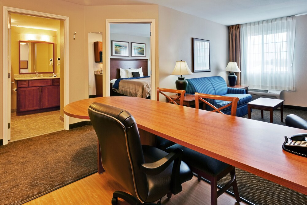 Gallery image of Candlewood Suites Flowood Ms