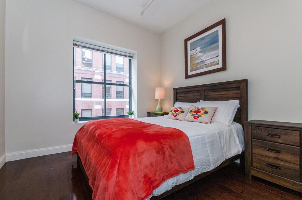 BOS003 2 Bedroom Apartment By Senstay