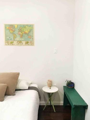 Cozy apartment steps from SoHo Nolita