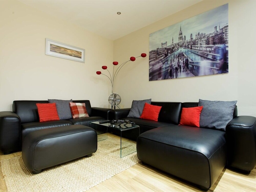 Select Serviced Apartments