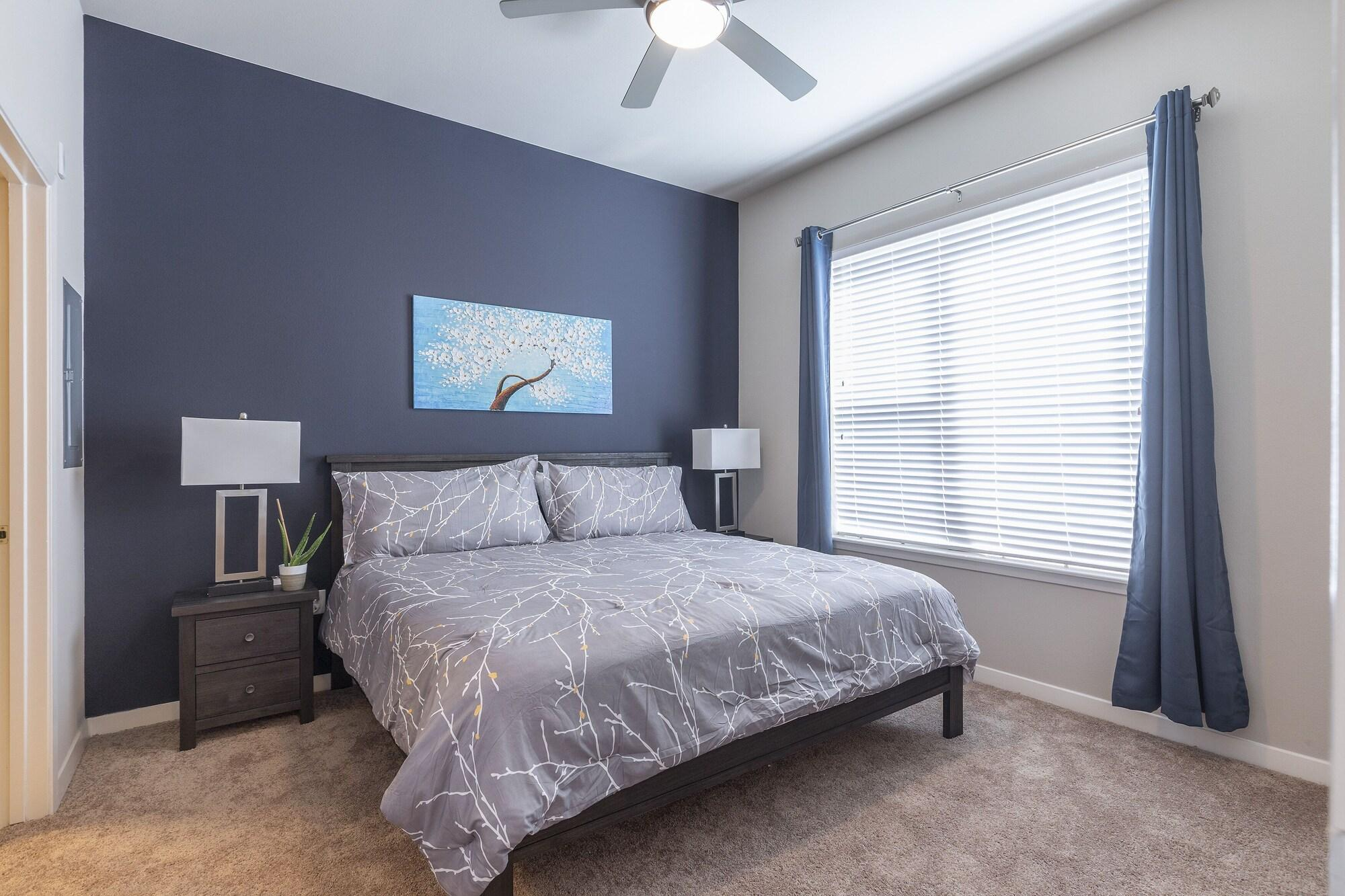 Luxurious King BED MED Center Fully Equipped Condo