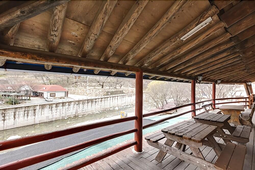 Ulsan Baenaegol Alps 119 House Pension