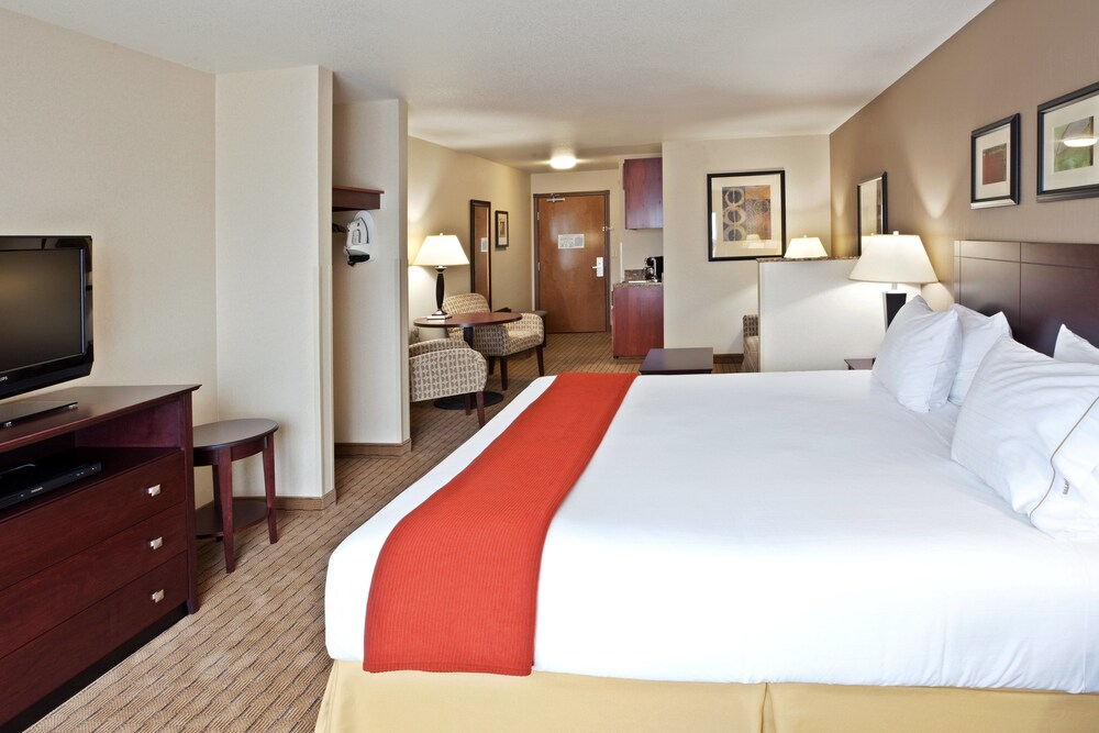 Gallery image of Holiday Inn Express Hotel & Suites Vancouver Mall