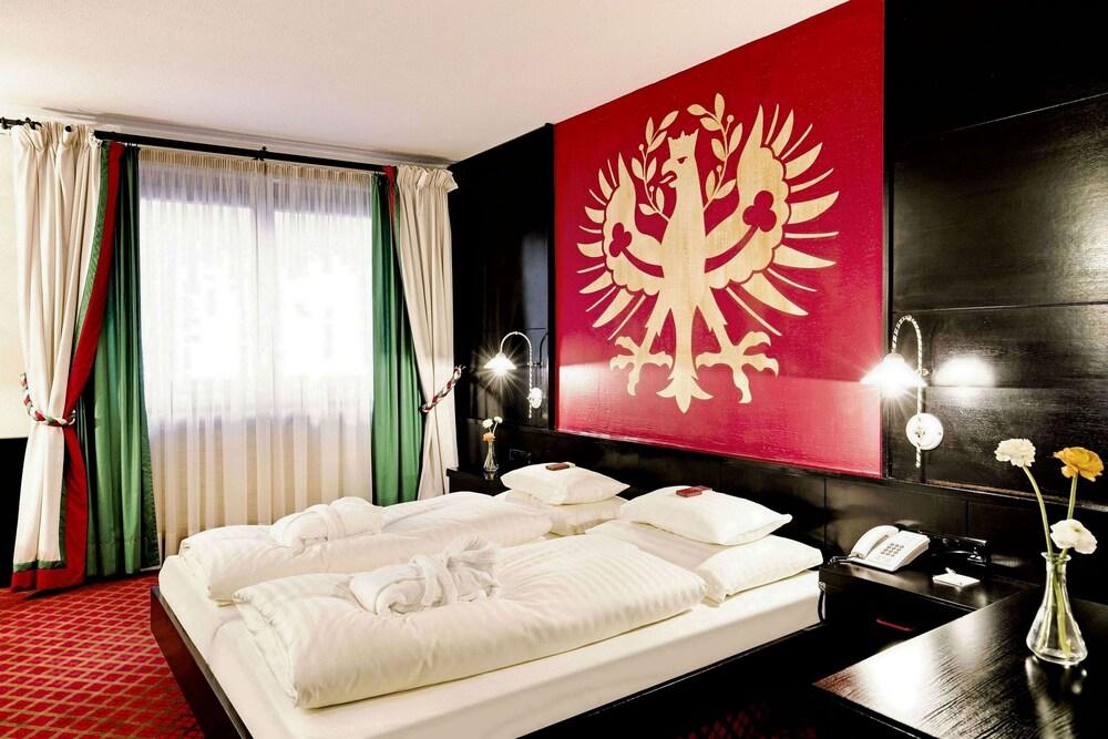 Gallery image of Hotel Schrofenstein